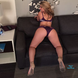 New Lingerie Deserves A Thick Ass - High Heels Amateurs, Lingerie