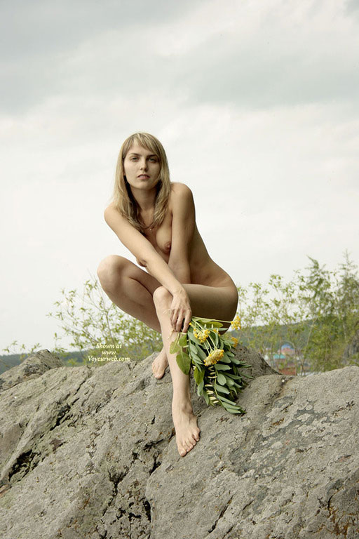 Pic #1 - Long Legged Nude Blond Girl Squatting On A Rock - Blonde Hair, Long Legs, Naked Girl, Nude Amateur , Naked Outside, Classic Blond, Looking Into Camera, Perched On A Rock, Crouching Naked Blonde, Kneeling Nude On Rocks, Nicely Proportioned, Slim And Trim, Very Long Legs, Thin Blonde Model