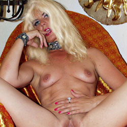 Coco French Slut And Exhibitionnist - Blonde