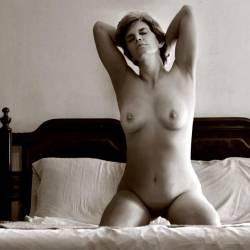 Medium tits of my girlfriend - Julie
