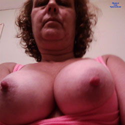 2 Boobs 4 You - Big Tits
