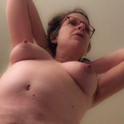Medium tits of my wife - Sophie