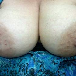 Large tits of my wife - Sl;utwife