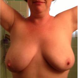 Large tits of my wife - HAPPY GIRL