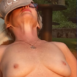 Nip Stand - Big Tits