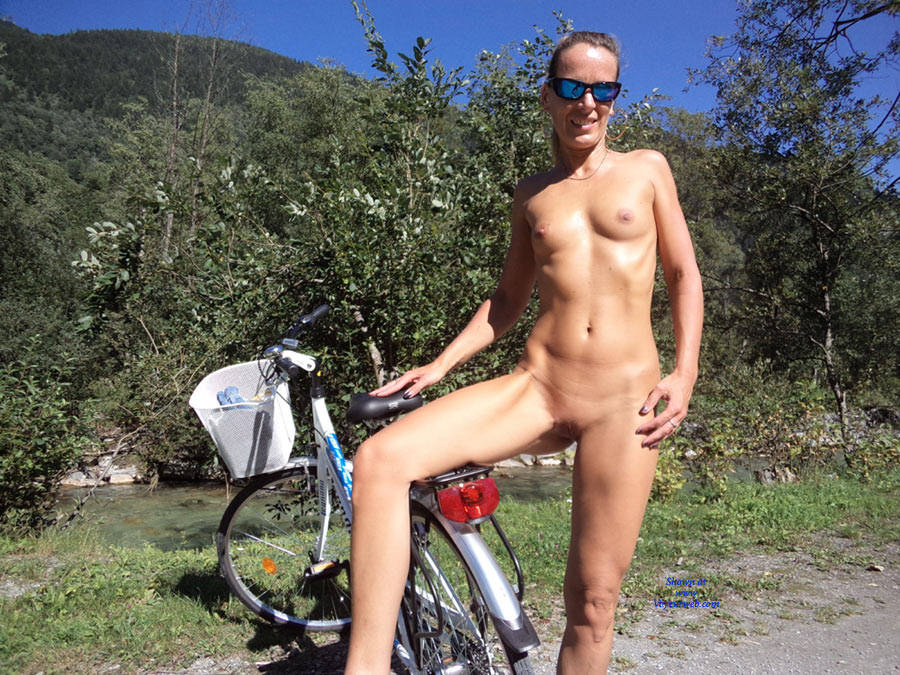 Nude Biking 88