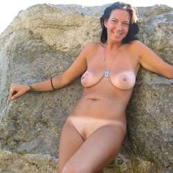 Lei - Beach, Big Tits, Brunette, Outdoors, Shaved