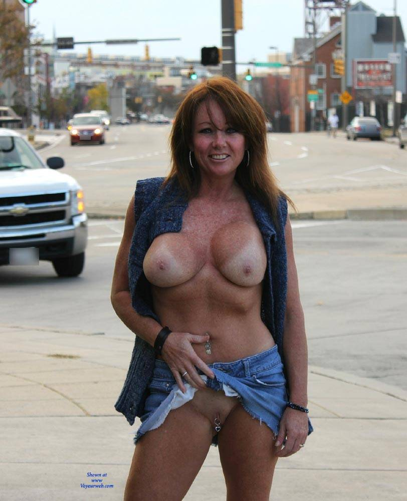 Voyeur nip ohio outdoor in