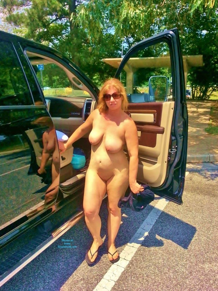 Big phat tits nude