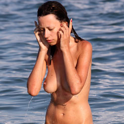 Wet Girl - Big Tits, Beach, Brunette