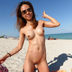 Nude In South Beach - Big Tits, Shaved, Beach Voyeur