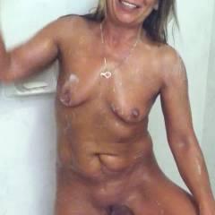 Connie Shaving - Brunette