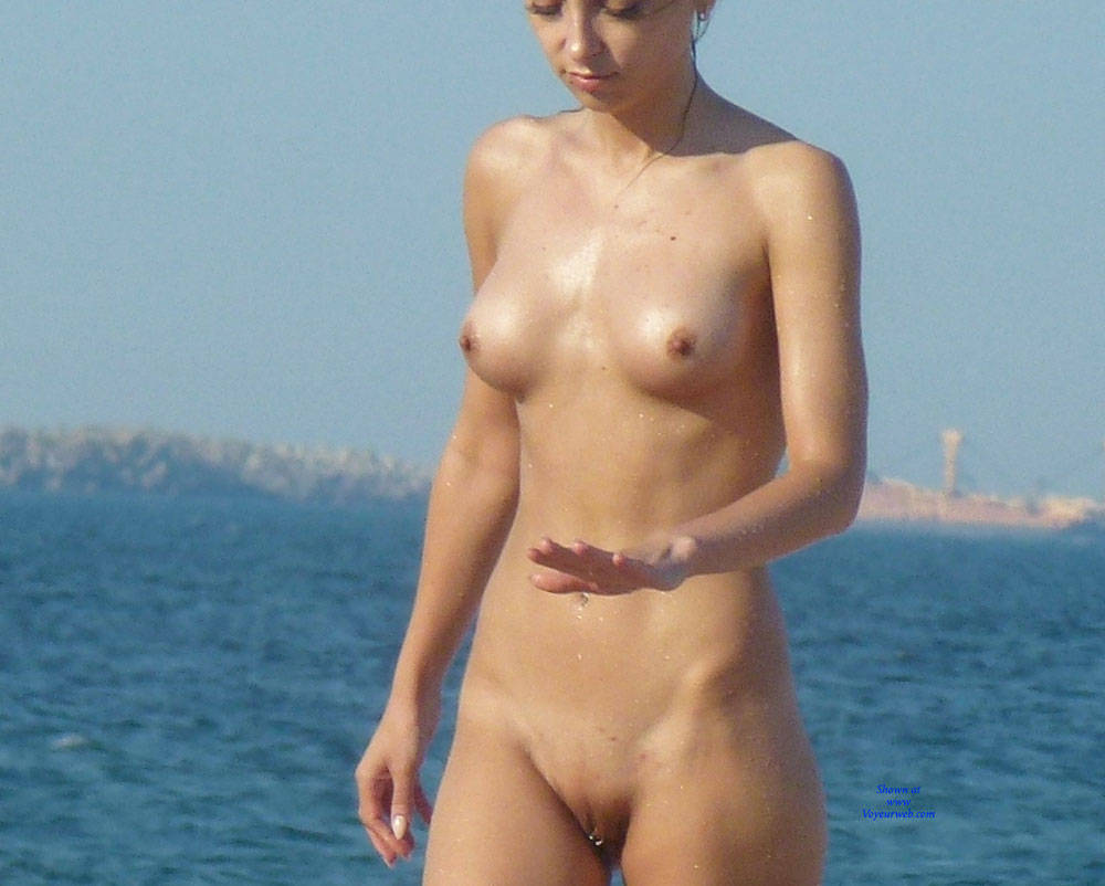 Erected Nipples Un Nudist Beach - November, 2015 - Voyeur Web-8578