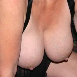 Large tits of my girlfriend - Melissa