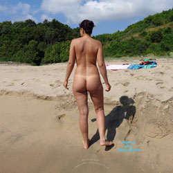 Wife - Beach, Brunette, Wife/Wives