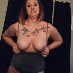 Showing Off - Big Tits