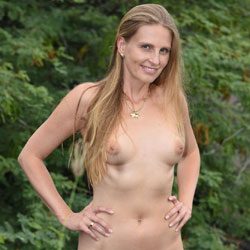 Bri On The Coast - Shaved, Nature, Wife/Wives