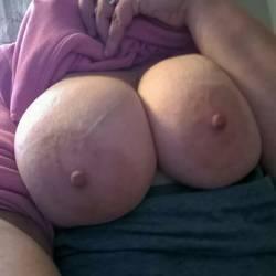 Large tits of my girlfriend - Jamie