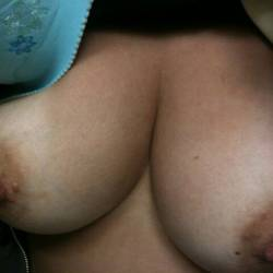 Medium tits of my wife - mysexywifey