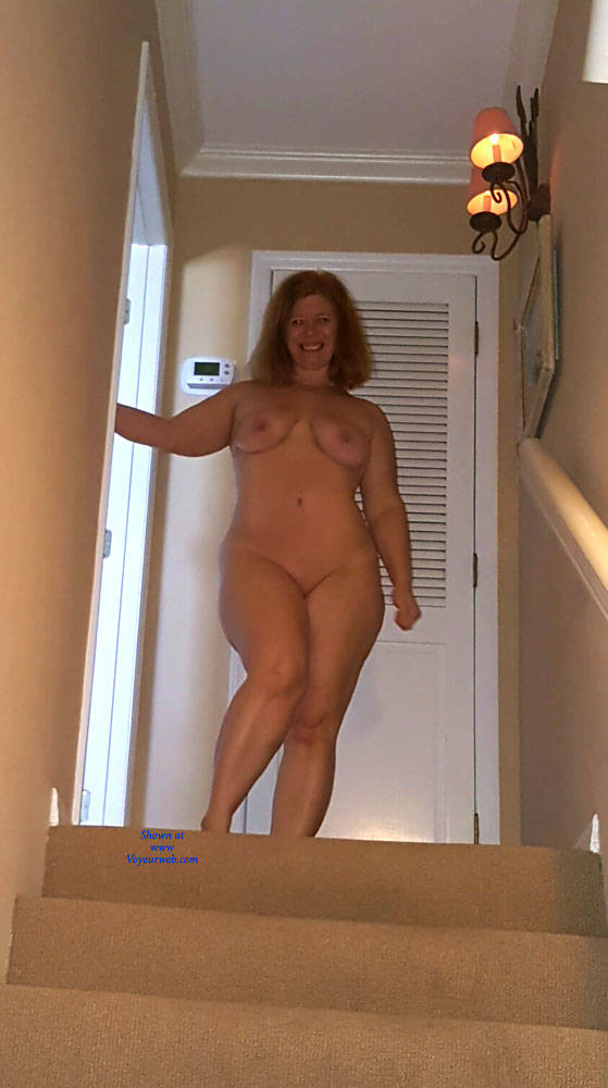 Bryon recommends Mature mom porn pic