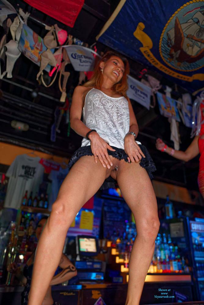 Bar Pussy 113