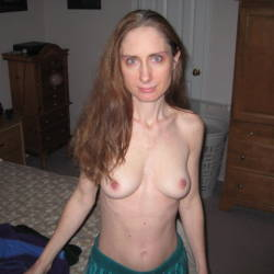 Medium tits of my ex-wife - Vicki