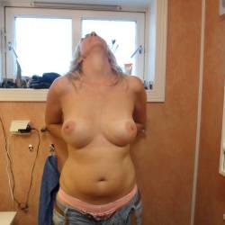 Large tits of my girlfriend - Klaudi