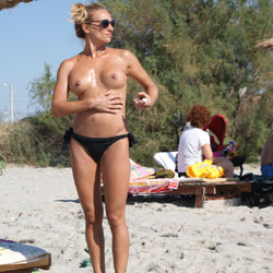 Wonderful Mother ! - Beach, Big Tits