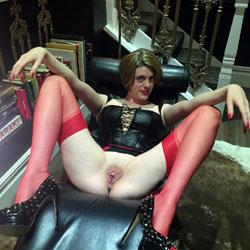 Sexy naked redhead vagina