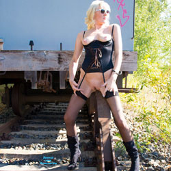 At A Train - High Heels Amateurs, Blonde, Lingerie, Shaved
