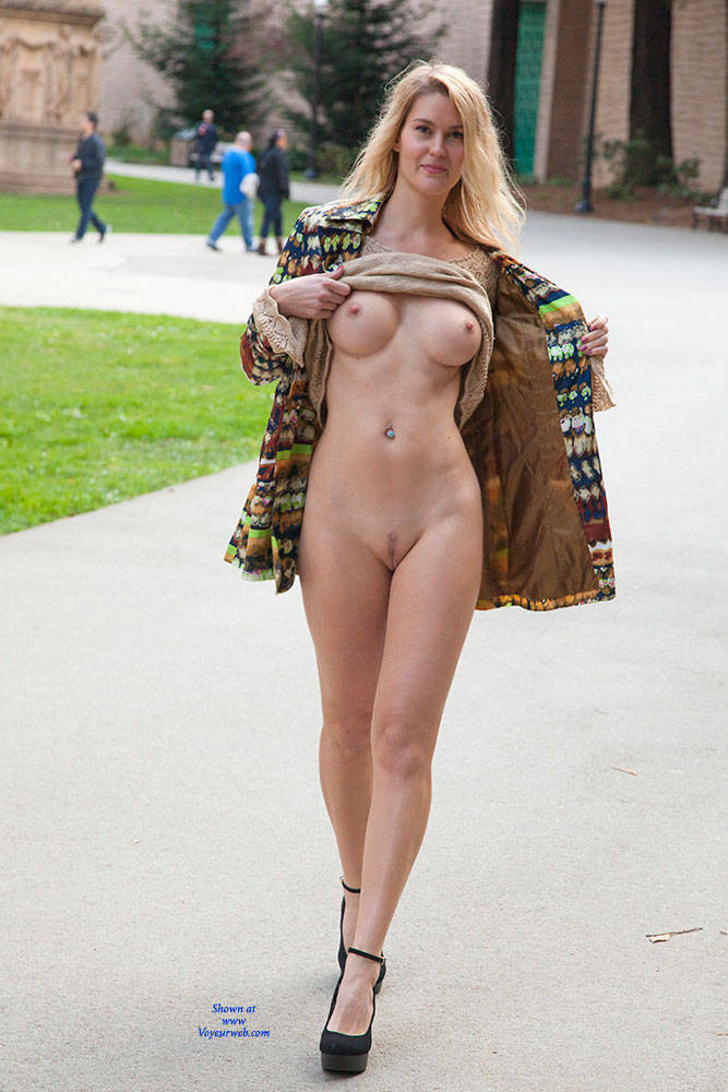 Nude In SF - Big Tits, Exposed In Public, Flashing, Heels, Nude In Public , Blonde, Nude In Public, Sexy. Flashing Boobs, Naked, Public Nudity