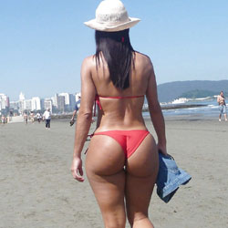 Delicious Asses From Brazil - Beach, Bikini Voyeur