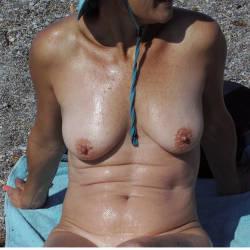 Medium tits of my wife - Maria