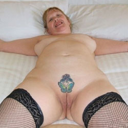 UkSlutSusan - Big Tits, Shaved, Tattoos