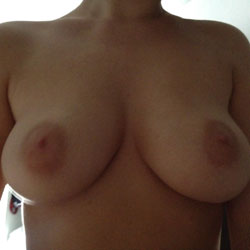 Curves - Big Tits, Natural Tits