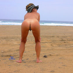 Ritta Nude Ass - Beach