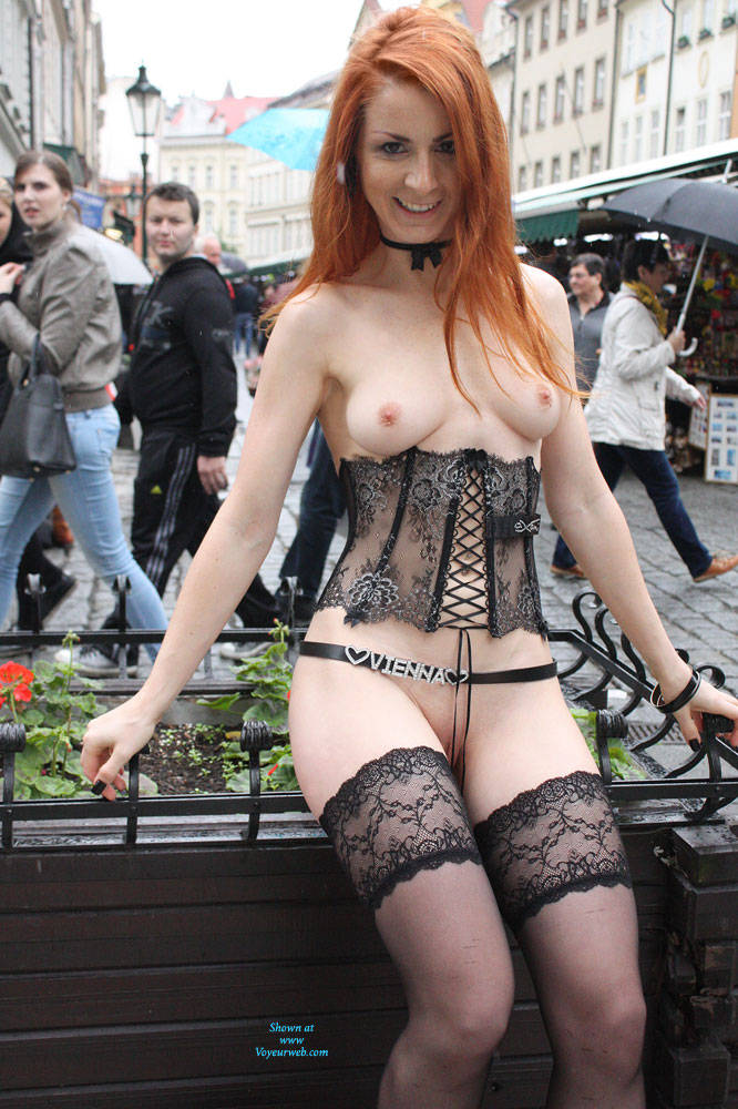 Pic #5 Vienna - Nude Urban Style - Flashing, High Heels Amateurs, Public Exhibitionist, Public Place, Redhead, Shaved