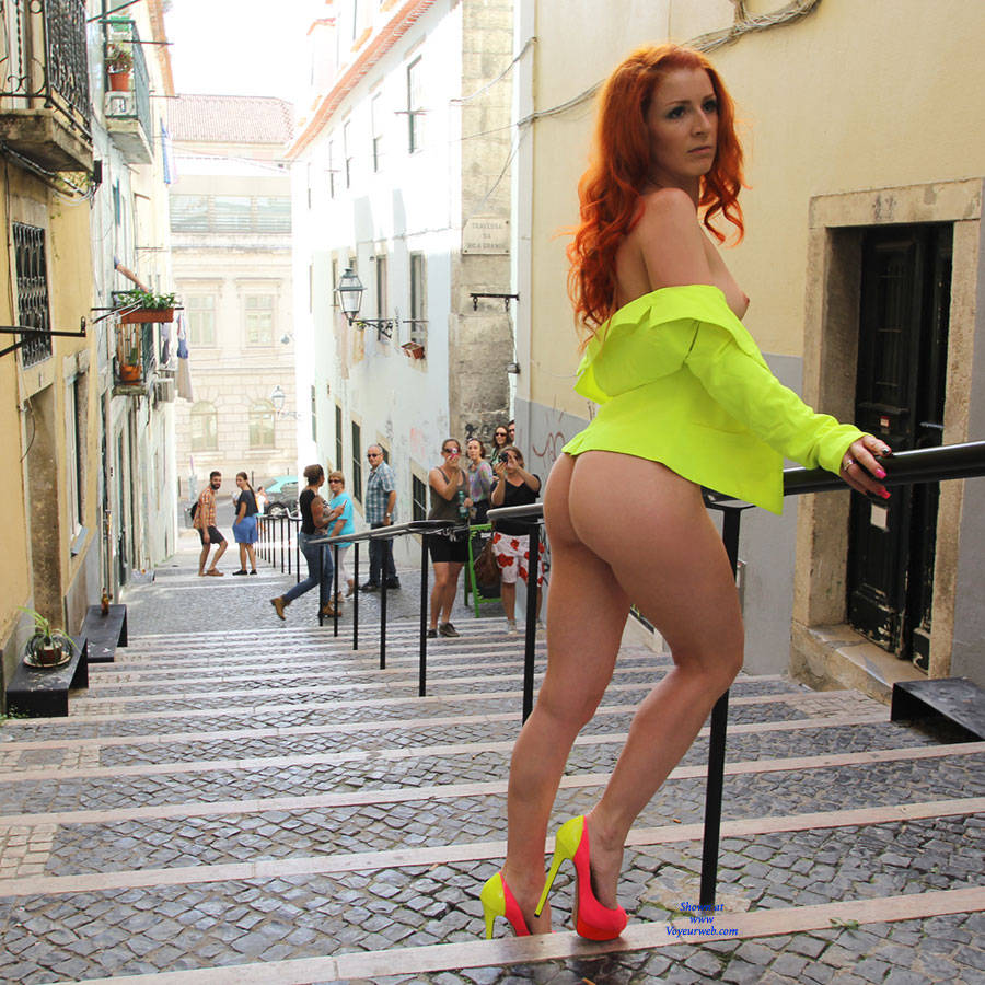 Pic #9 Vienna - Nude Urban Style - Flashing, High Heels Amateurs, Public Exhibitionist, Public Place, Redhead, Shaved