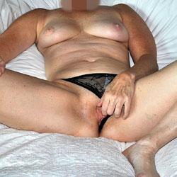 Sara Posing - Big Tits, Lingerie