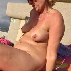 Naked On The Roof Of Hotel - Big Tits