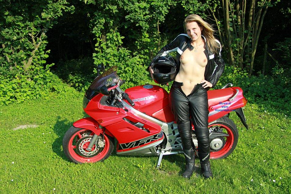 Bri The Bikergirl - Shaved , Nude, Naked, Nude In Public, Sexy, Blonde Babes