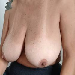 Very large tits of my wife - Cris