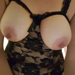 My medium tits - Rapunzel16