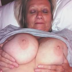 Very large tits of my girlfriend - Sexy girlfriend
