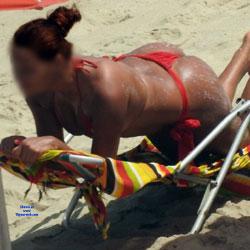 Delicious Ass In Janga Beach - Beach Voyeur