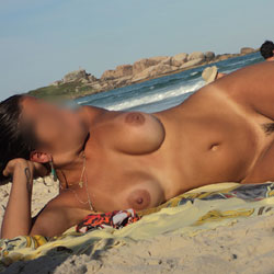 Horny GF - Beach, Big Tits, GF