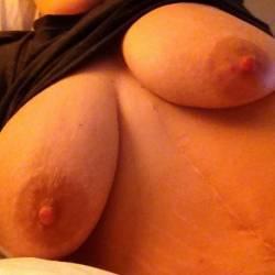 Large tits of my girlfriend - ????