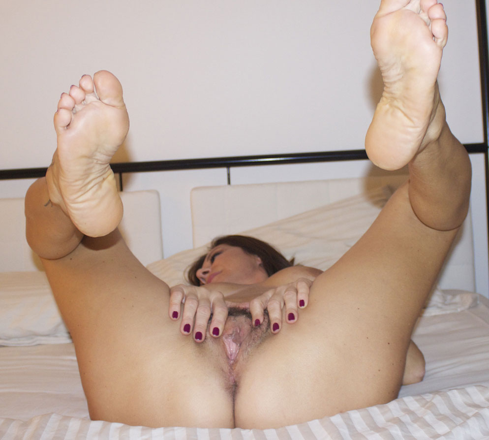 Feet In Air - Big Tits, Hairy Bush, Toys