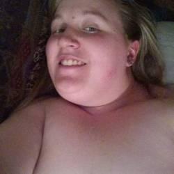 Medium tits of a co-worker - Lindsay