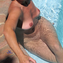 Chilling - Big Tits, Wife/Wives